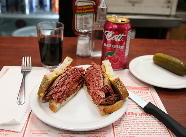 schwartz-montreal-sandwich