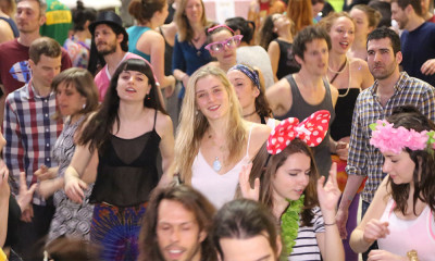 morning-gloryville-montreal-crowd-ntn