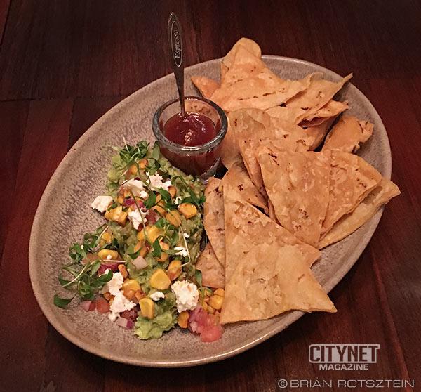 joverse-guacamole-dip-chips