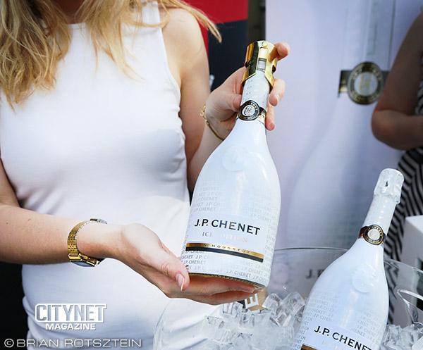 jp-chenet-bottle