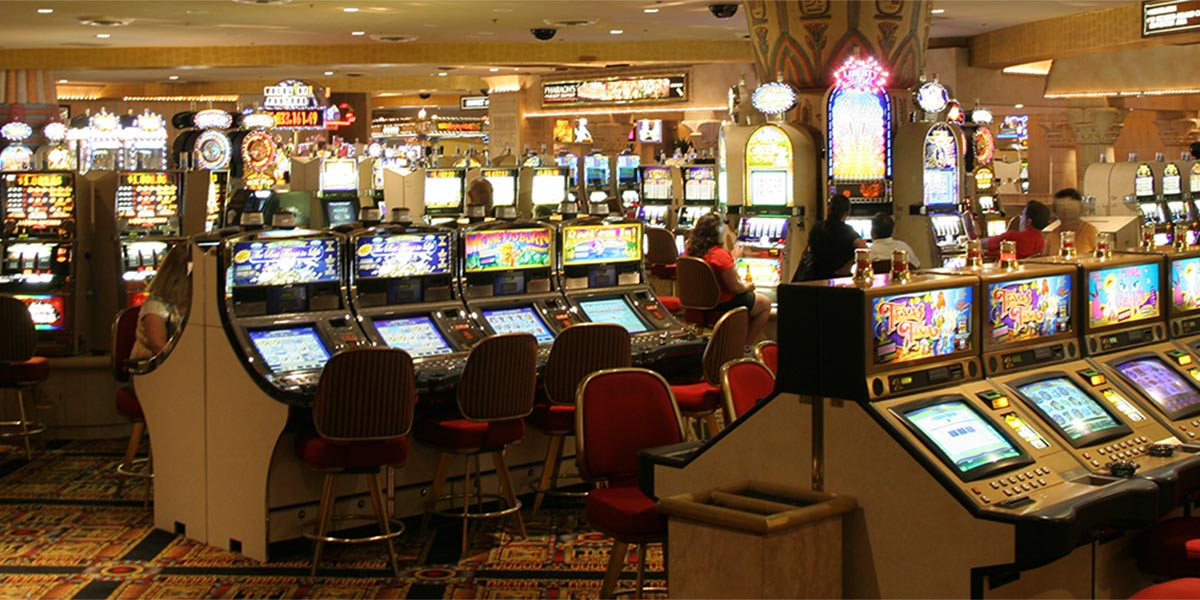 Slot machine frauds HW manipulation and special tools