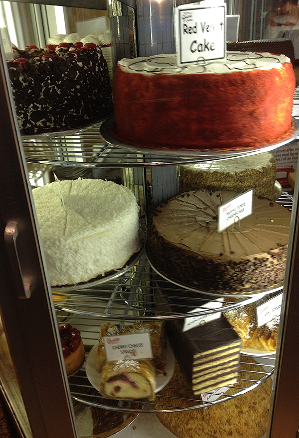 carnegie-deli-cakes